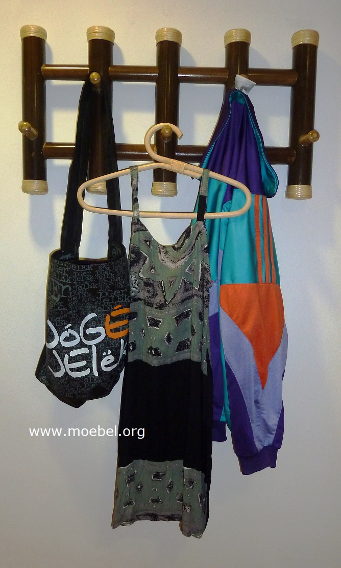 bambusgarderobe garderobe aus schwarzem bambus. Black Bedroom Furniture Sets. Home Design Ideas