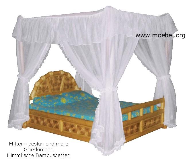 himmelbetten aus bambus himmelbett mit bananenblatt. Black Bedroom Furniture Sets. Home Design Ideas