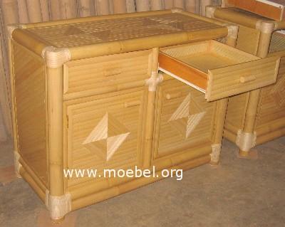 Bambuskommode mit 2 Laden und 2 Türen