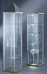 vitrinen glasvitrinen glas alu vitrinen. Black Bedroom Furniture Sets. Home Design Ideas